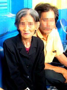 Bà ngoại run rẩy kể về số phận cô cháu gái 15 tuổi