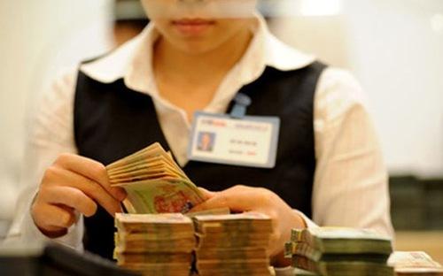 Tín dụng vọt tăng: Ngân hàng phải theo dõi chặt thanh khoản
