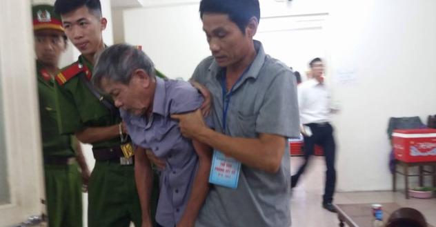 Kết của của phiên tòa xét xử vụ bé gái 3 tuổi bị hãm hiểm bởi ông cụ 79 tuổi gây nhiều tranh cải