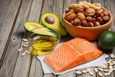 Omega-3 giảm nguy cơ mắc các bệnh tim mạch