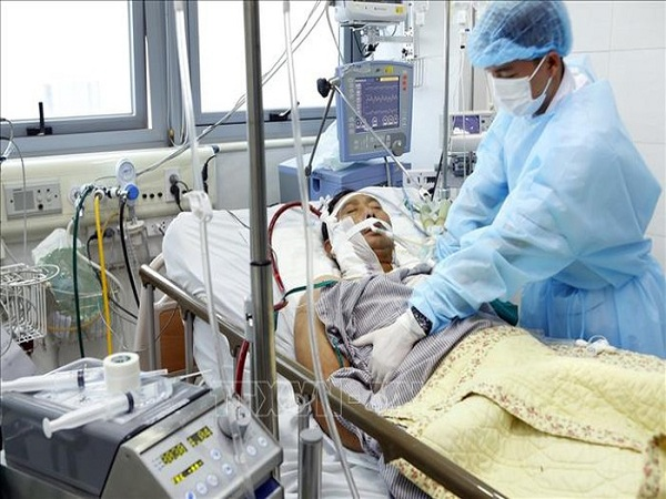 Hai bệnh nhân bị cúm A/H1N1 ở Hà Nội trong tình trạng rất nguy kịch