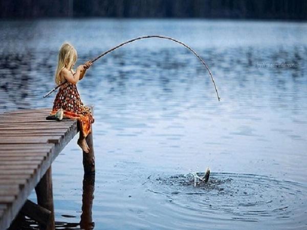 Mơ thấy bắt cá điềm báo gì? Đánh lô đề số nào?