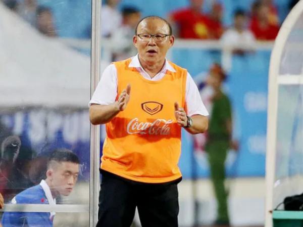 HLV Park Hang Seo đổi ý dẫn dắt cả đội tuyển quốc gia và U23 Việt Nam