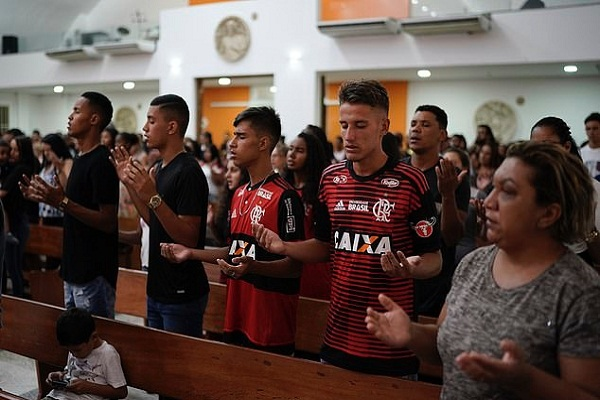 Flamengo chay lon cuop di sinh mang 10 nguoi