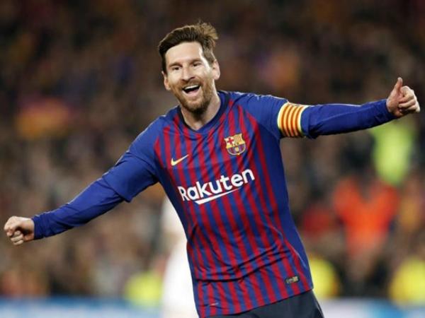 Messi có cú đúp giúp cho Barca loại MU khỏi Champions League