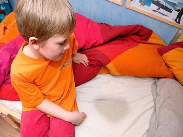 Nguyên nhân và cách chữa đái dầm ở trẻ