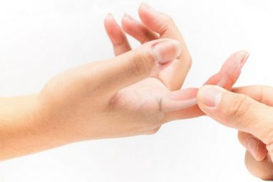 Nguyên nhân gây đau khớp ngón tay