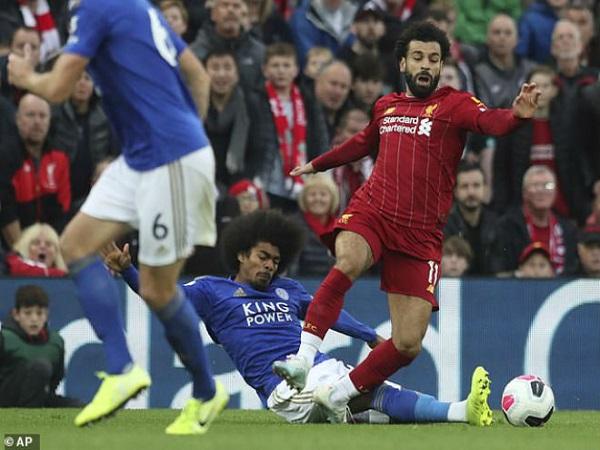 Liverpool thăng hoa: Klopp bị chê quá kiêu ngạo