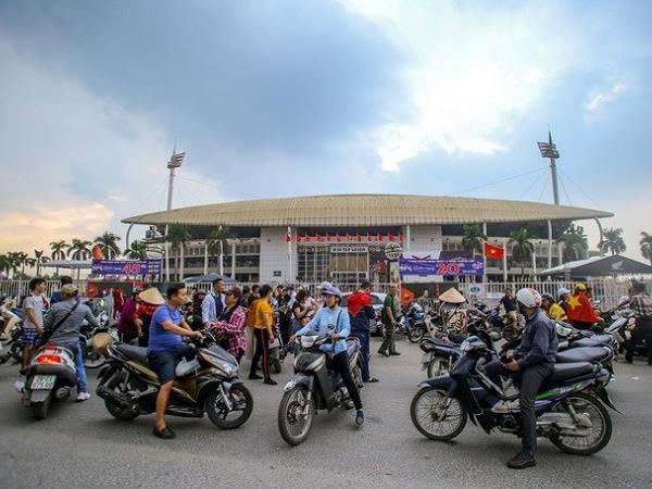 Giá vé chợ đen trận Việt Nam - Thái Lan tăng gấp 10 lần