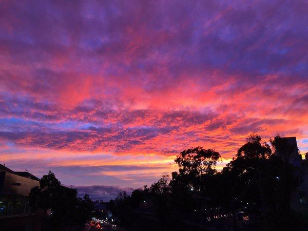 Mơ thấy bầu trời là điềm báo lành hay dữ?