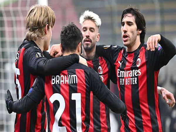 Lịch thi đấu ủng hộ Milan trong cuộc đua